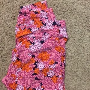 Plus size leggings. Brand new LulaRoe TC2 leggings
